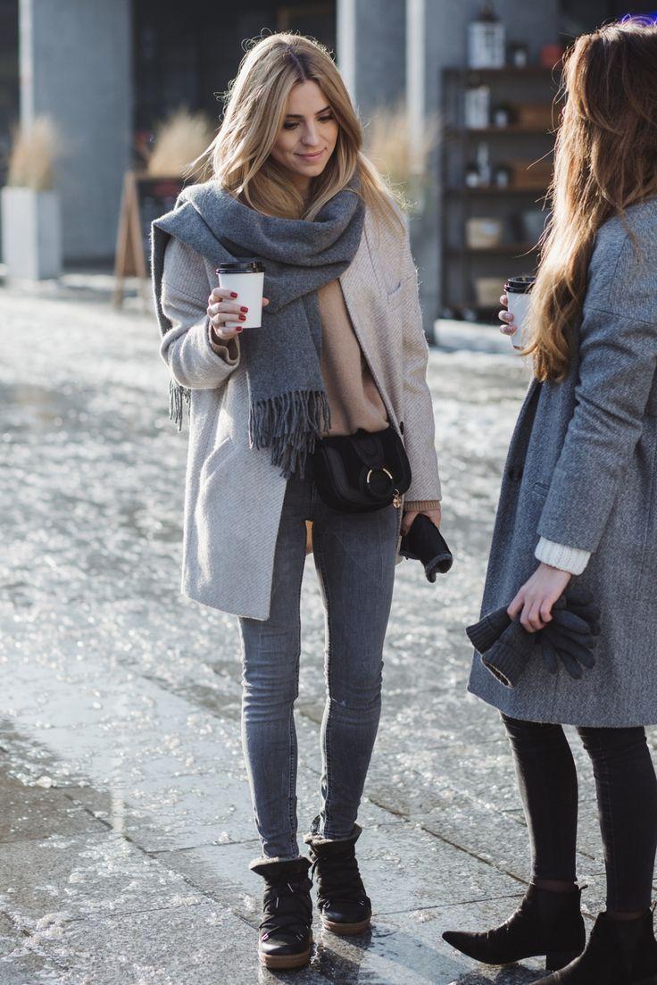 Kasia wool scarf / wełniany szalik – Acne wool jacket – Mango (stara kolekcja, podobny tutaj) cashmere sweater / kaszmirowy sweter – Zara (podobny tutaj) grey trousers / szare spodnie – Zara (podobne tutaj) bag / torebka – See by Chloe shoes / buty – Isabel Marant Monika wool coat and sweater – MLE Collection black shoes / czarne sztyblety – Mango (podobne tutaj) trousers / spodnie – Cheap Monday gloves / rękawiczki – Asos