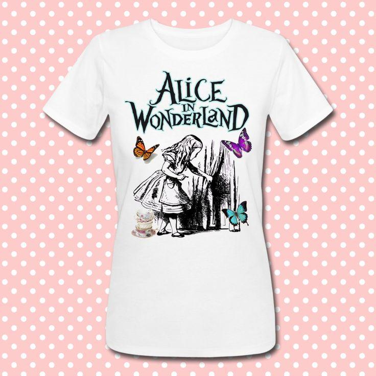 Gattablu stampa le tue t-shirt personalizzate, scegli tra le tantissime grafiche a colori brillanti firmate Gattablu Shop Online, oppure disegna la tua maglietta e personalizza il tuo guardaroba, per outfit unici al mondo! #tee #tshirt #outfit #moda #fashion #alice #wonderland