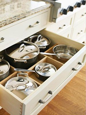 10 Ways to De-Clutter Your Home: If I could do this, I would kindergarten-style picture match every space so Joey knows where things go in the kitchen. ha!