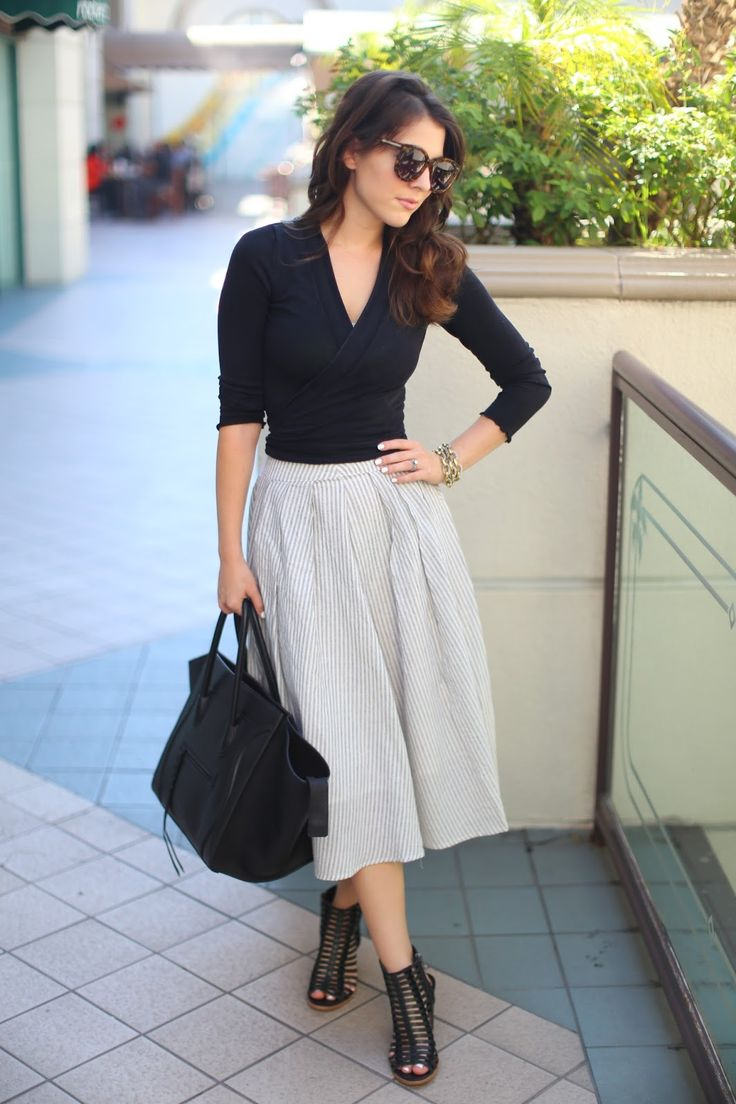 Sunnies: Karen Walker |Top: White House Black Market    Bag: Celine Phantom Medium  |Skirt: DailyLook |Shoes: Dolce Vita