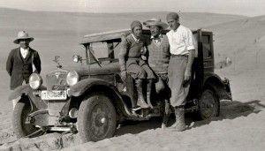 Clärenore Stinnes (1901-1990), first female traveller around the world by car