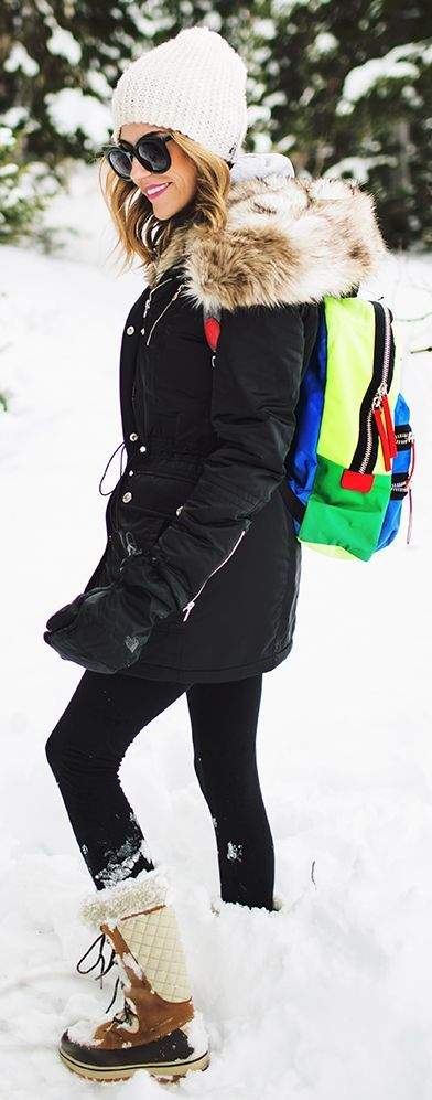 Colorblock Snow Time Backpack and Black jacket... YES! Finally something cute and warm I can wear during Minnesota winter!! Women's Hiking Clothing - http://amzn.to/2hJYguZ