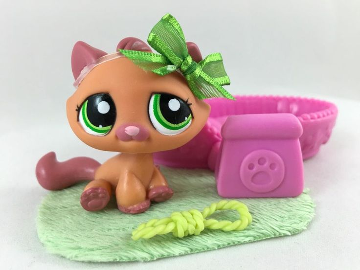 Littlest Pet Shop Peach & Mauve Tabby Cat #1710 w/Green Eyes, Bed & Accessories #Hasbro