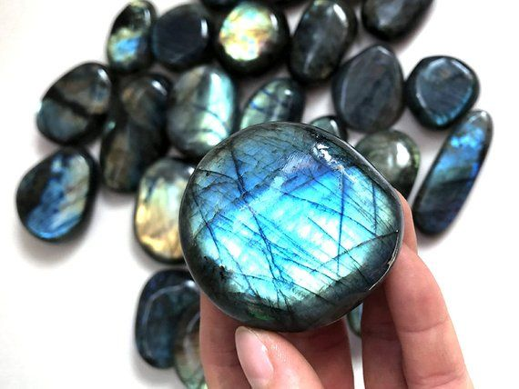 10 Pieces Natural Rainbow Labradorite Crystal Tumbled Palm Gem Stone Healing