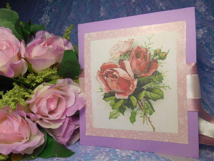 Приглашение ручной работы на свадьбу в сиреневом цвете,выполненное на основе копии старинной открытки с розами. Цена: 72 руб. за штуку. #свадьбы #приглашения #ручнаяработа #винтажный #декор #розы #soprunstudio