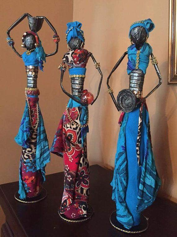 Mira este artículo en mi tienda de Etsy: https://www.etsy.com/es/listing/277098180/munecas-africanas. Trabajo hecho a mano. Ka.granados19@gmail.com $30