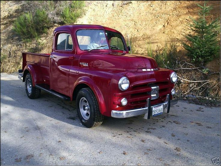 1952 Dodge Fargo! Love this truck I have a 1950 but my grill is nicer:)