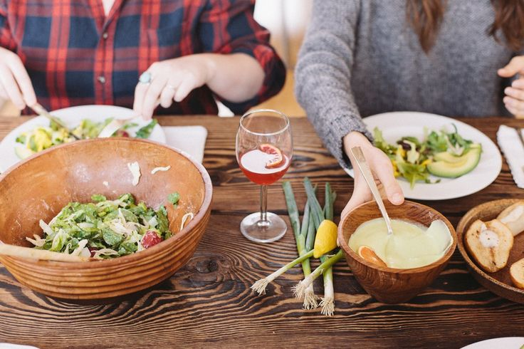 The best diet for autoimmune disease.  (I want what these people are eating - it looks DELICIOUS!)