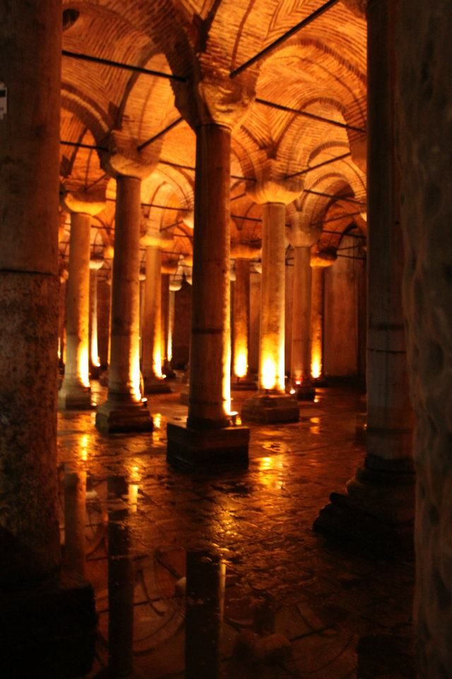 The Basillica Cistern.....a gigantic underwatervault right under Istanbul