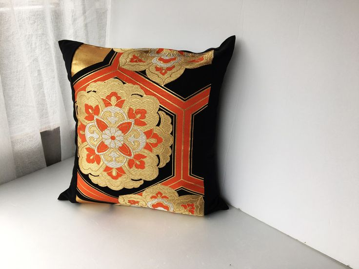 Cushion Covers – kimono throw pillow case, japanese vintage obi – a unique product by nipponikcat on DaWanda