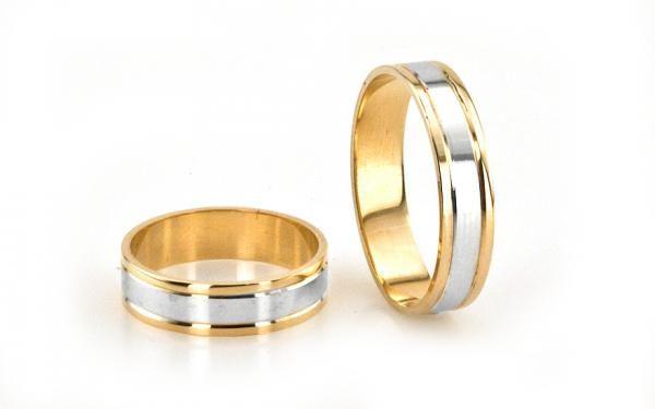 Zlaté svadobné obrúčky v kombinácii žlté a biele zlato -ploché
