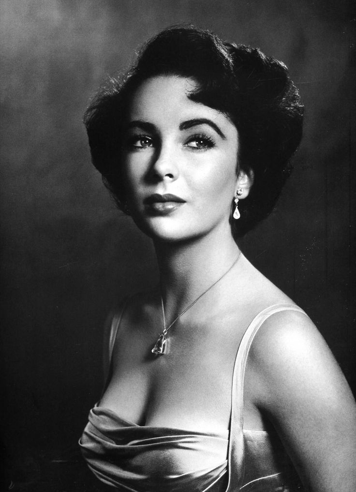 Philippe Halsman: American actress Elizabeth Taylor poses for the magazine LIFE. USA, 1948.