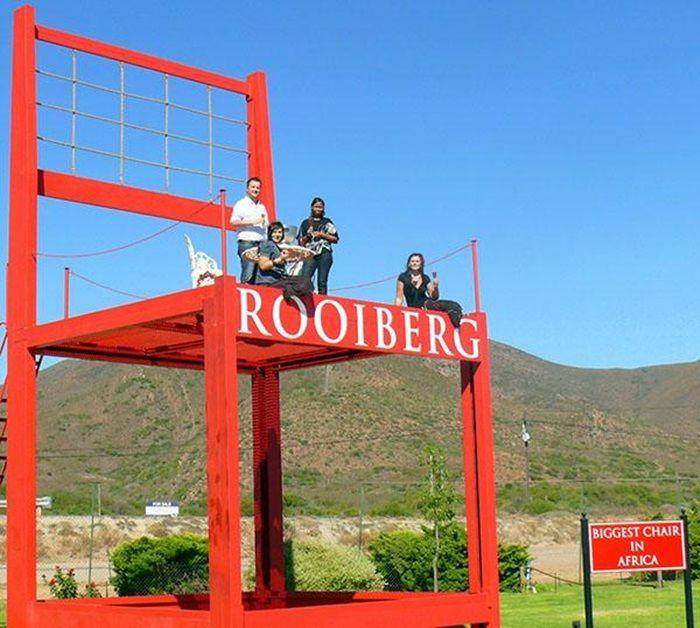 Die Rooi Stoel by Rooiberg. Foto: www.rooirose.co.za