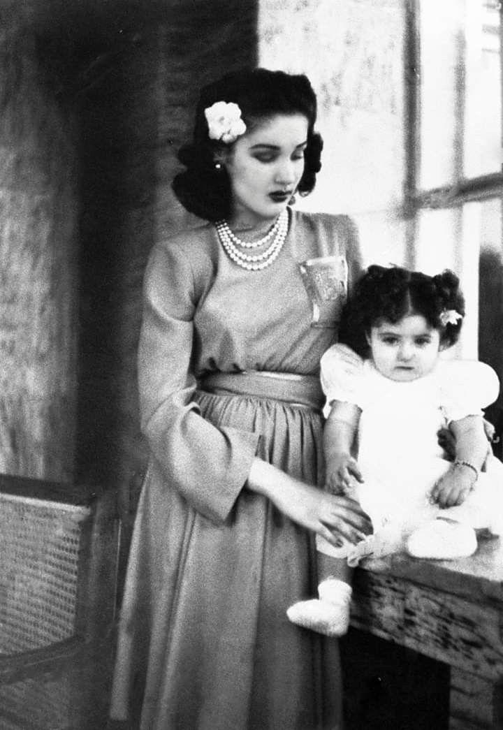Princess Fawzia Fouad With Her Daughter Princess Shahnaz Pahlavi Schah Von Persien Konigshaus Persien