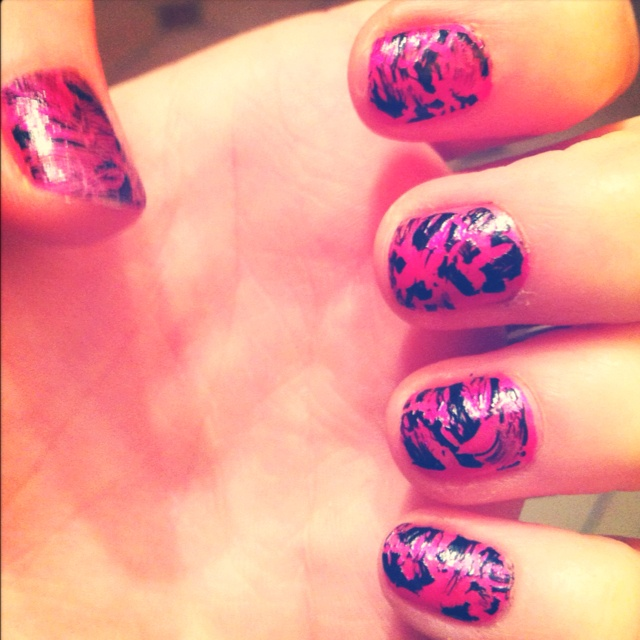 Crackle nails!!