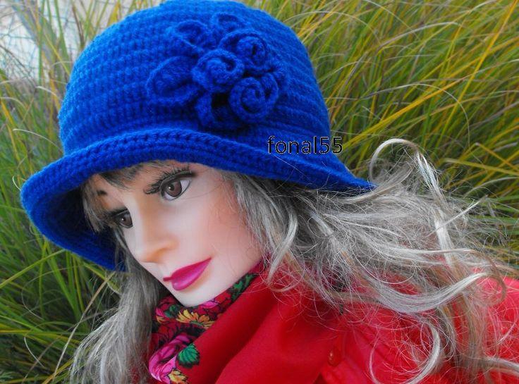 Horgolt csinos kalap https://www.facebook.com/eszter.dozsané       ©2012 idozsaster@gmail.com