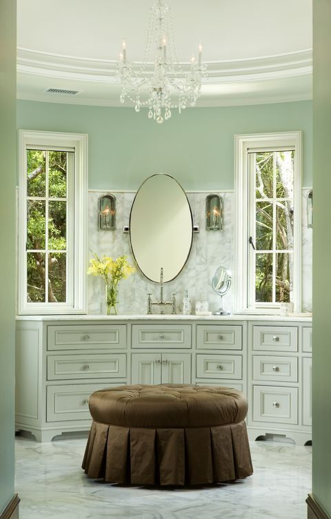 More master bath love i 39 d make this the vanity room off a for Master bathroom ottoman