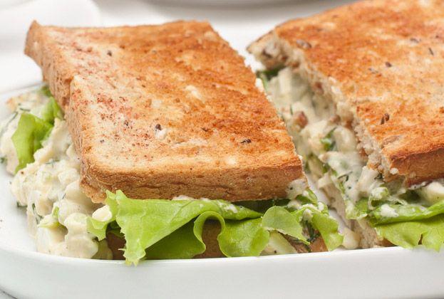 Chicken Salad Sandwich - Approx. 400 Calories #u_weight_loss