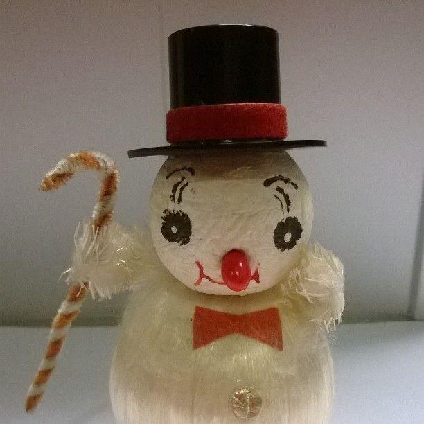 de oude kerstman (45 jaar oud) is elk jaar weer paraat