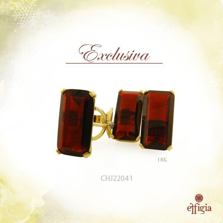 Effigia presenta este elegante juego de oro amarillo de 18 k con obsidianita roja. Luce hermosa en estas fechas ¡Brilla con Effigia!