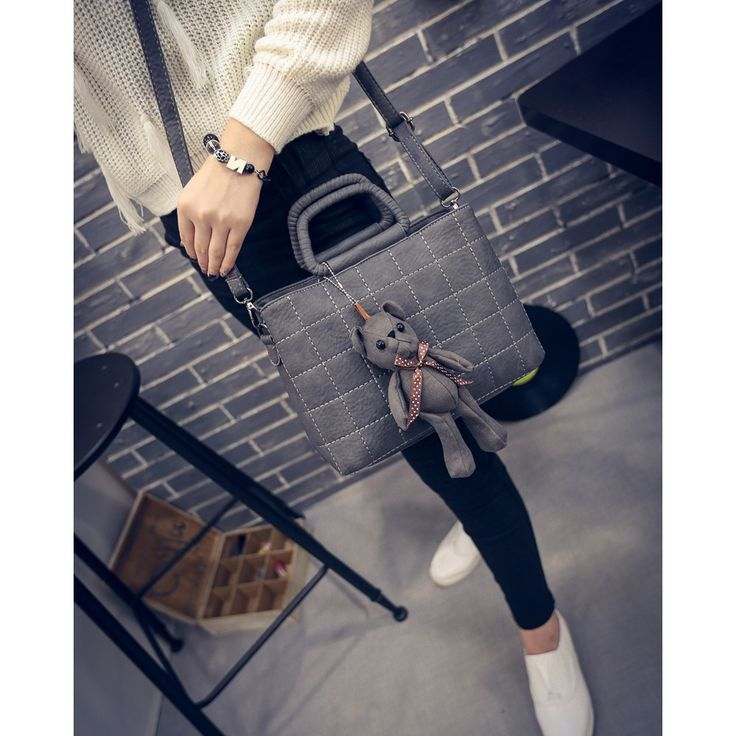 MATERIAL PU LEATHER SIZE LENGTH 27 HEIGHT 22 DEPTH 13 WEIGHT 600GR GREY, BROWN PRICE 165K