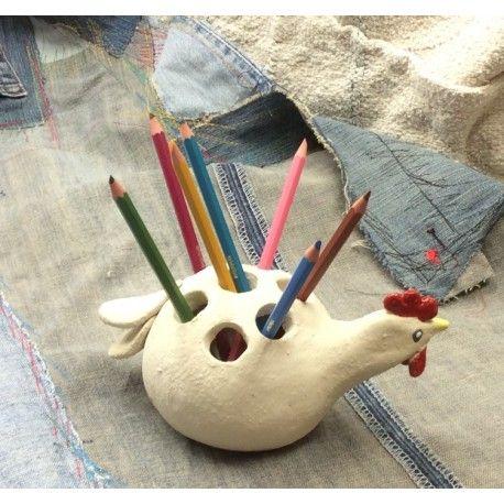 Poule pot à crayons