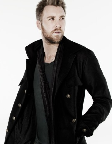 Serenade me Charles Kelley!! My Fave Song! Dancin' Away with my Heart!!! <3