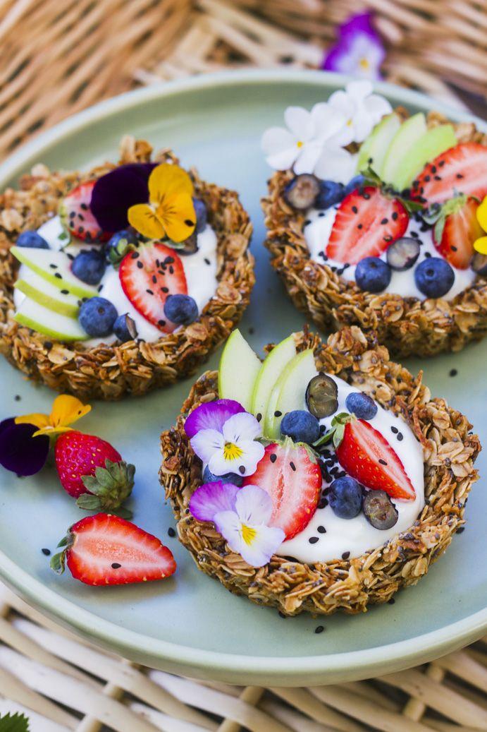 Fruit Granola Tartelettes