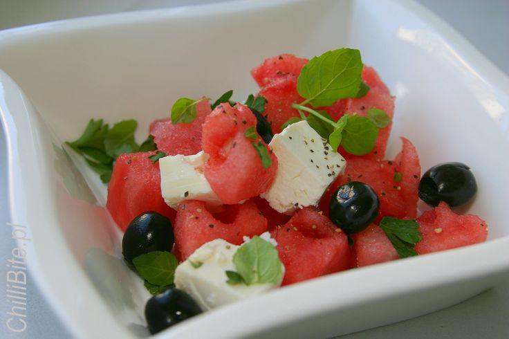 ChilliBite.pl - motywuje do gotowania!: Soczysta sałatka arbuzowa z fetą, miętą i oliwkami