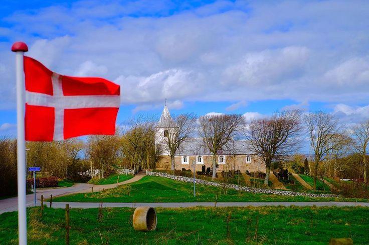 #heltborgmuseum #visitthy #visitdenmark #visitnordjylland #flag #church