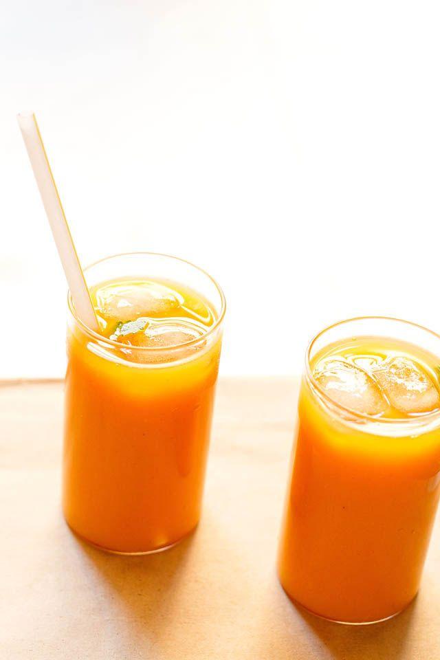 mango iced tea - refreshing flavors of mango, lemon and tea. made with fresh alphonso mango pulp and black tea.   #mangoes #tea #summer drinks #beverages