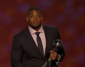 Watch Michael Sam's powerful, show-stopping speech at the ESPYs