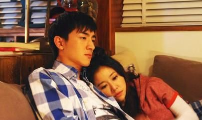 "Lin Xin and Lin Xinrui is a friend in his early years?  They are decorated with the ""couple""!"