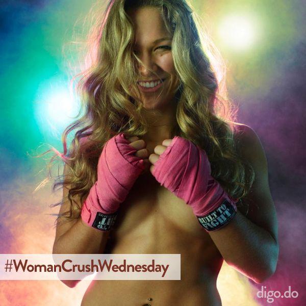 #RondaRousey - la campeona de la #UFC - es nuestro #WomanCrushWednesday - No sólo valiente y fuerte, sino que también hermosa. #wcw