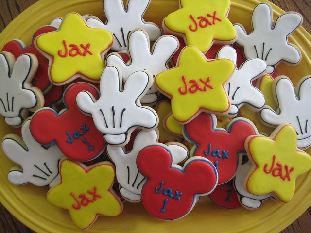 Mickey Mouse Birthday Party  -- Mickey cookies!: Mickey Mouse Birthday, Birthday Parties, Mickey Cookies, Mickey Mouse Cookies, Parties Ideas, Cookies Cutters, Mickey Birthday, Photos Shared, Birthday Ideas