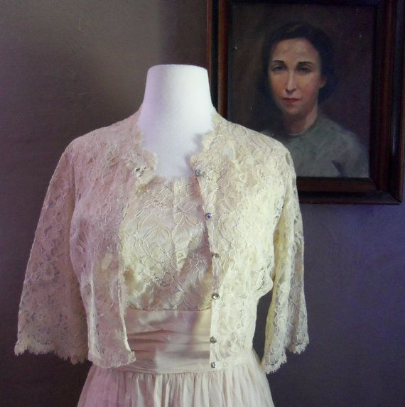At Candlelight Inn 1950s Beige Scalloped Lace/Chiffon Party Dress with Matching Jacket/Aurora Borealis Butttons