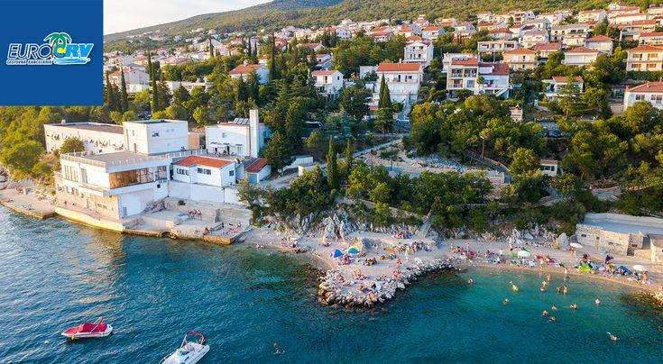 Chorvátsko: Letná dovolenka v Hoteli Dramalj** s polpenziou priamo pri pláži - využite výhodné FIRST MOMENT ceny!