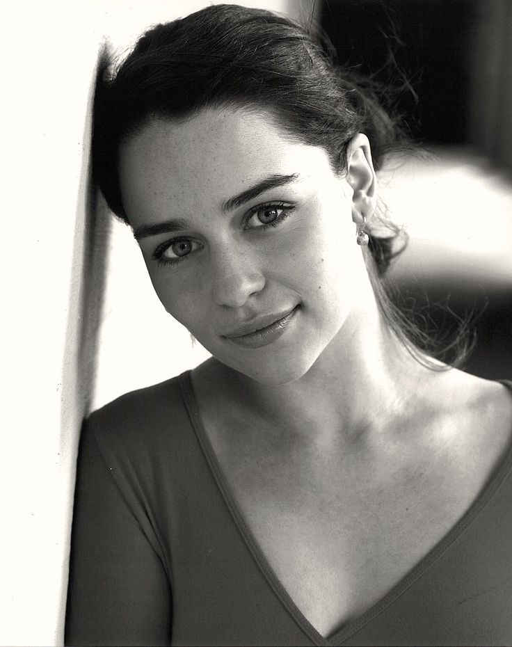 Emilia Clarke - I think she is one of the most naturally beautiful women I have ever seen. Lovely.