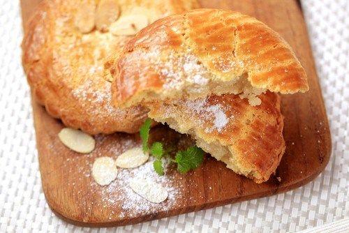 Новогоднее бисквитное печенье со специями и цитрусовыми цукатами