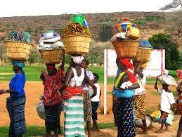 afrikai nők kosárral