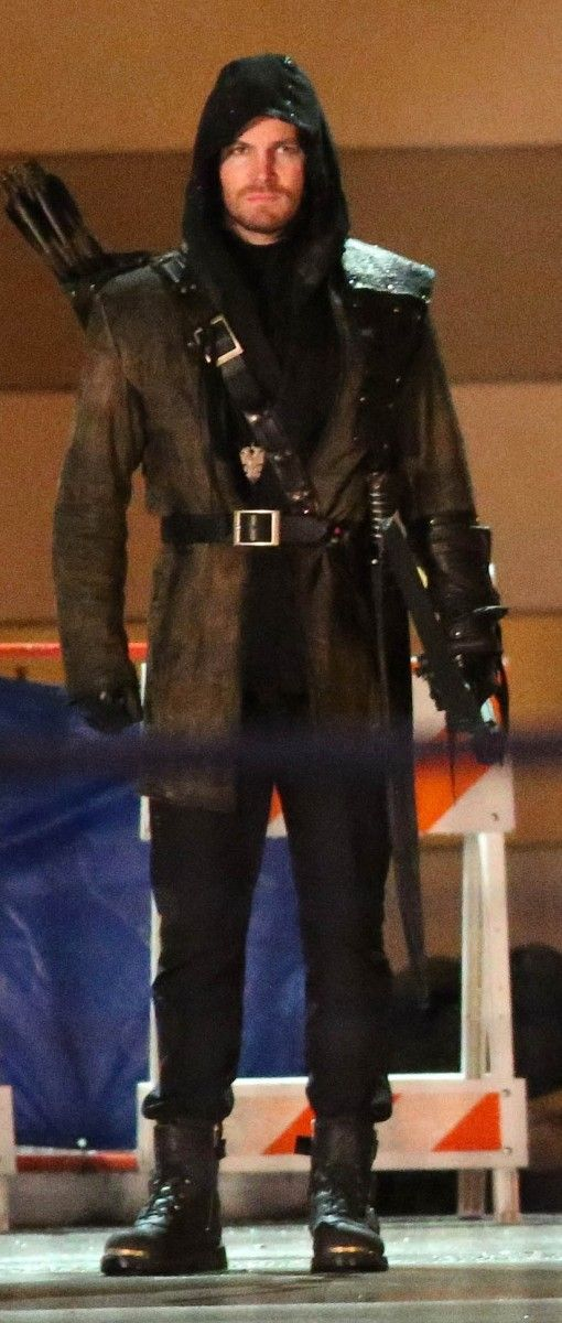 Oliver Queen/Arrow in The League of Assassins outfit. #Arrow #OliverQueen…