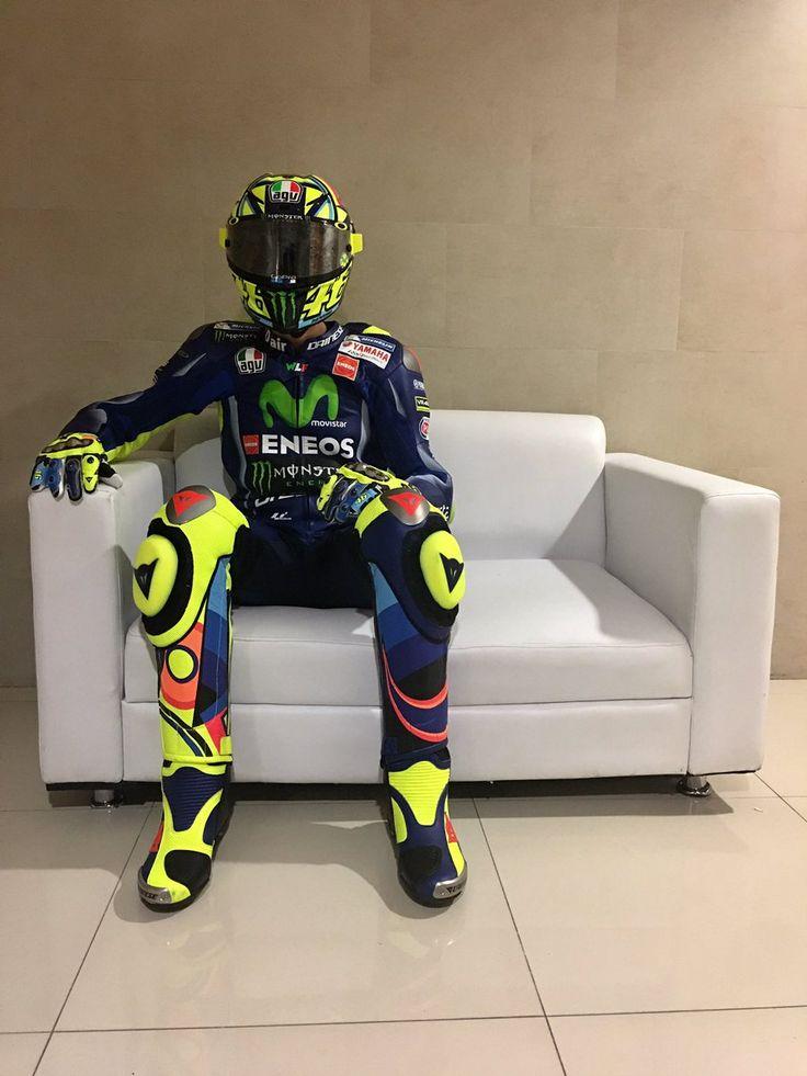 Wating for the championship to start Aspettando l'inizio del campionato Valentino Rossi (@ValeYellow46) | Twitter