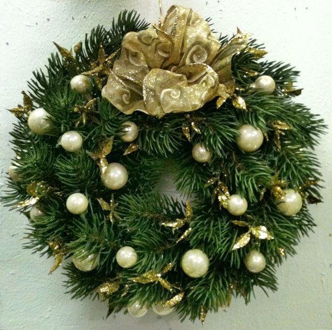 Oltre 25 fantastiche idee su decorazioni di benvenuto a - Ghirlande per porte natalizie ...