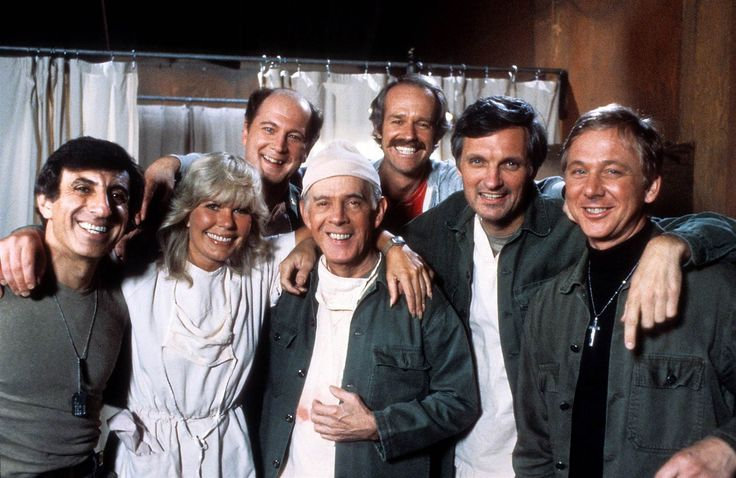 Did you know some very famous actors got their start in M*A*S*H? The show also turned 45 this year. Here's a look at 30 actors you don't want to miss in the series.  https://hiddenremote.com/2017/10/27/mash-45th-anniversary-30-famous-actors-guest-starred/