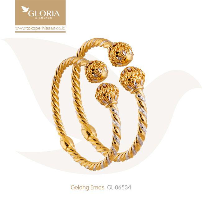 Gelang Tangan Oval Kombinasi Putih Kuning Model Tinju Bentuk Mahkota. #goldbracelet #goldstuff #gold #goldjewelry #jewelry #bracelet #perhiasanemas #gelangemas #tokoperhiasan #tokoemas