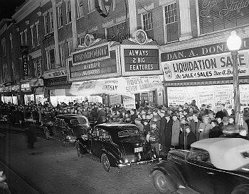 Paramount Theatre, Salem MA, 1940 premiere of The Scarlet Letter
