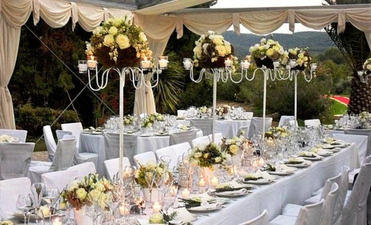 Mestieri Uniti: banqueting & catering. Allestimento cristal particolare del tavolo imperiale ...