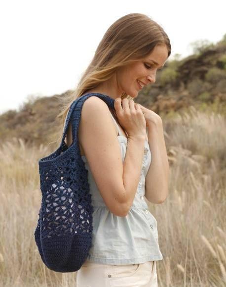 Blue crochet boho bag http://ift.tt/2rrb1Av
