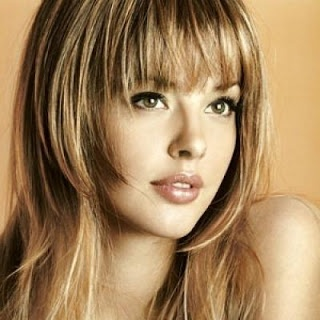 Long-Hairstyles-for-Round-Faces2
