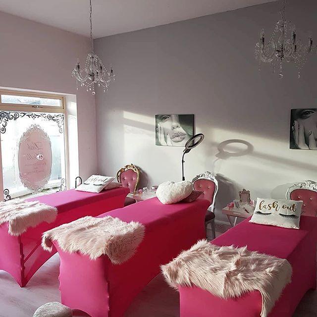 Pink Lash Bed Covers Con Imagenes Sala De Pestanas Ideas De